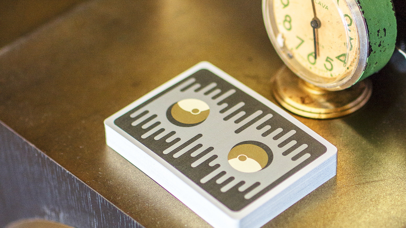 Get LIMITED EDITION playing cards featuring a minimalist space theme. Printed by HCPC. Funded!