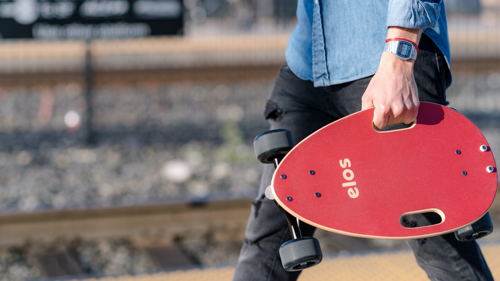 Elos Skateboard | Compact, stable, fun urban cruiser