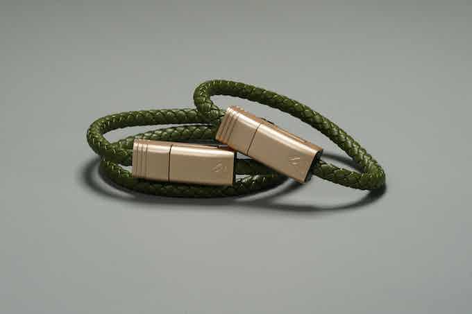 Olive Green // Matte Champagne Gold - NILS Solo(Right) | NILS Duo(Left)