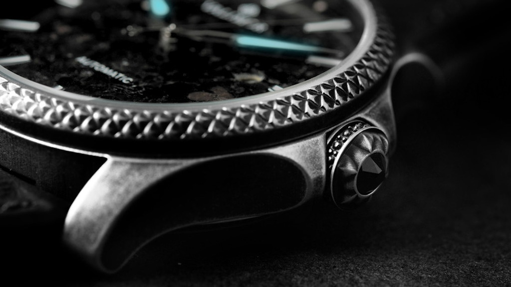 Caliburnus — A hand-Tooled Automatic Watch by VALIMOR