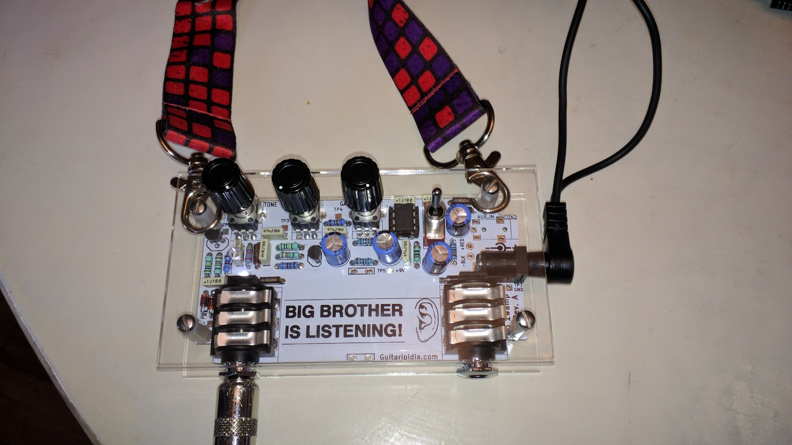 Defcon 26 indie badge DIY Audio amplifier kit 1983 themed by