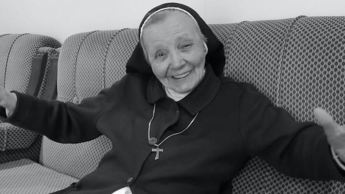 La Hermana Agustina religiosa de las Hermanas Hospitalarias del Corazón de Jesús Nazareno, Junio 2018. Córdoba (Andalucía, España).