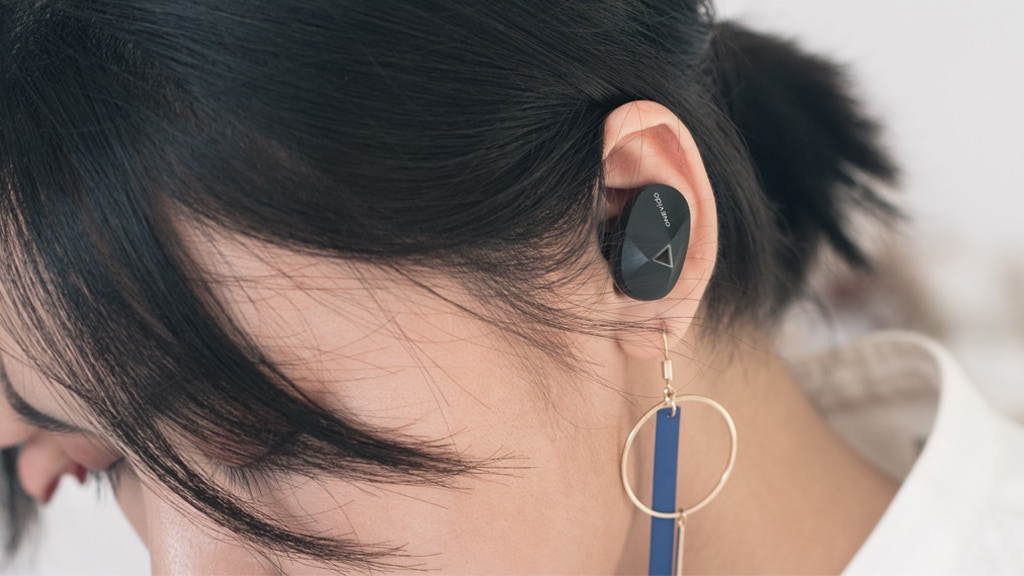 ONEvido- Earbuds with safe ambient mode and UV detection