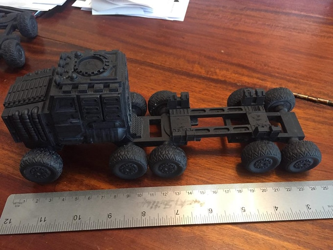 """""""Naked"""" Goliath - with 1 Trailer"""