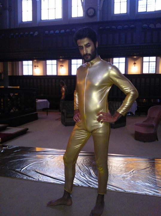 The things an actor has to put up with... And surprisingly, this is NOT a poor man's version of a C3P0 cosplay...