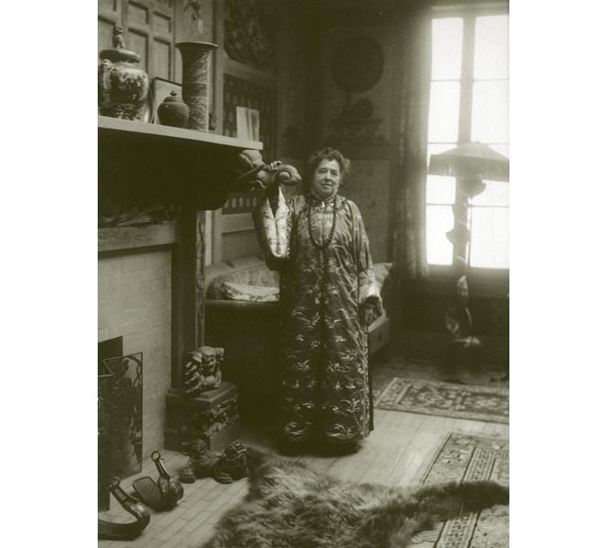Emily Noyes Vanderpoel at home (courtesy Litchfield Historical Society)
