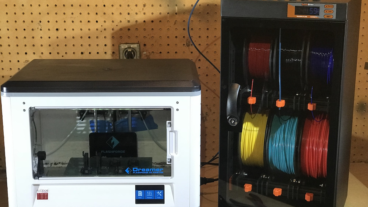 The Spool Boss 3D Printer Filament Management System, stores, maintains and organizes your filaments; keeping them managed like a Boss!