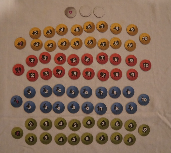 75 voters tokens (18 per party, 1 neutral swing country, and 2 spares)