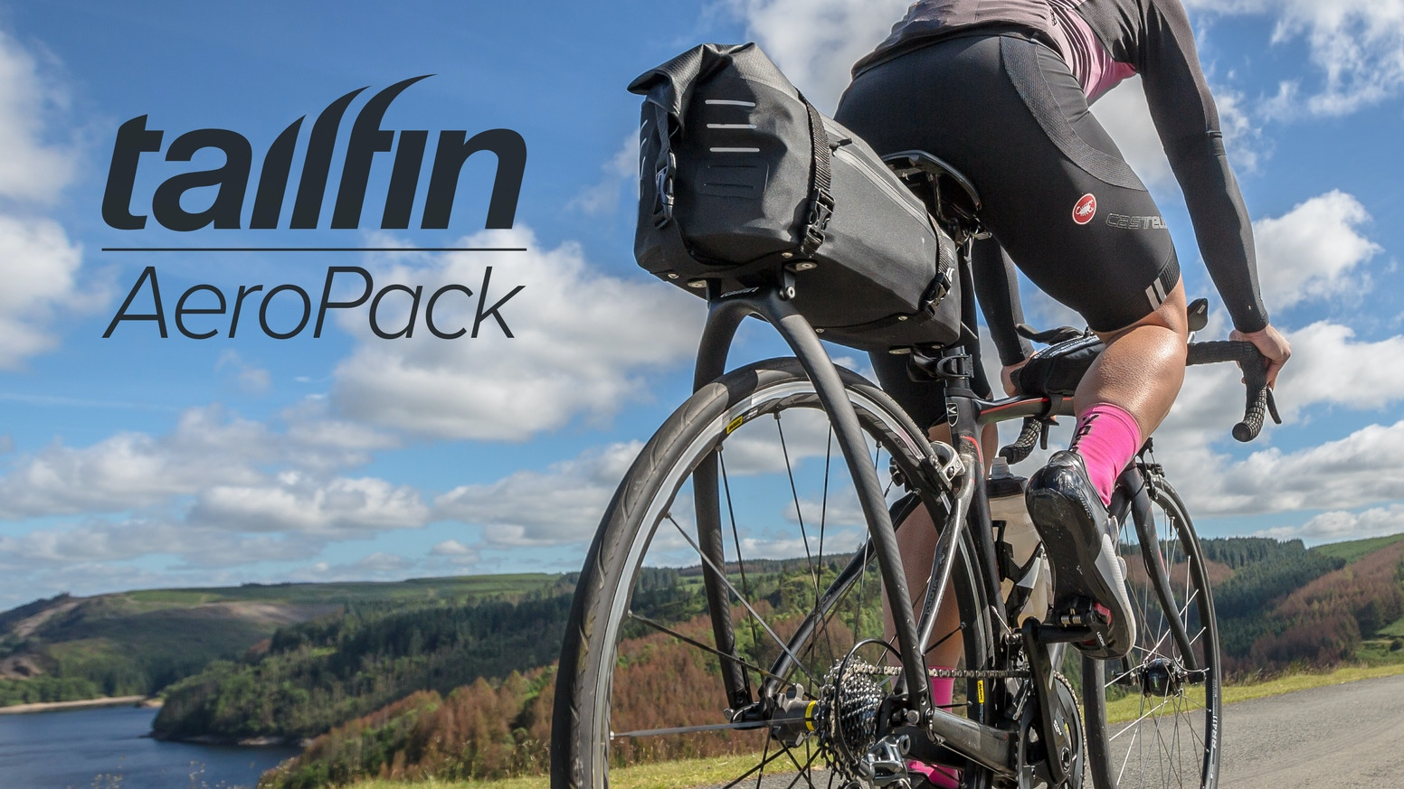A rolltop waterproof bicycle bag and rack that's super light, ultra stable and fits virtually any road, gravel & mountain bike.