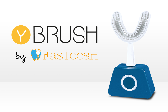Simultaneously deep clean all your teeth with Y-Brush.