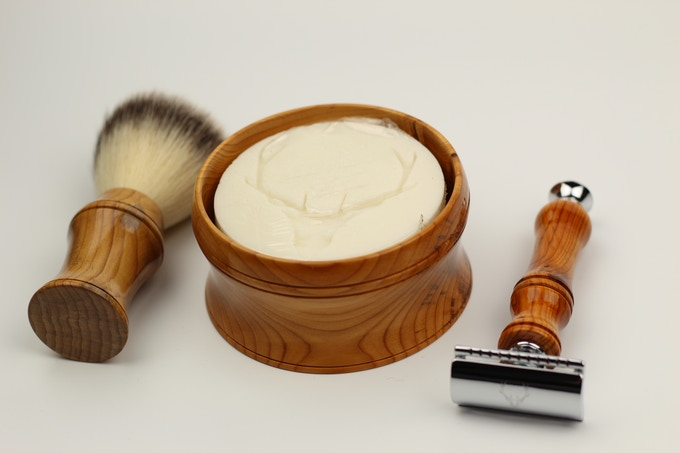 The complete STAG shaving set.