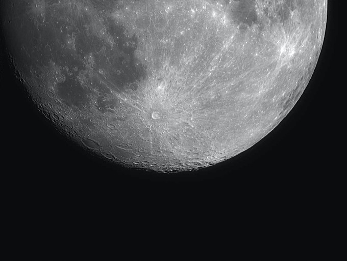 The Moon and the Crater Tycho imaged with the  iEXOS PMC-Eight 100™ 90.