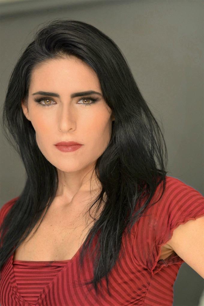 Mariela Stewart (Lohroz)