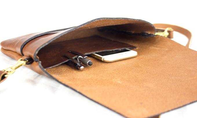 The Hepburn Crossbody Interior Pocket