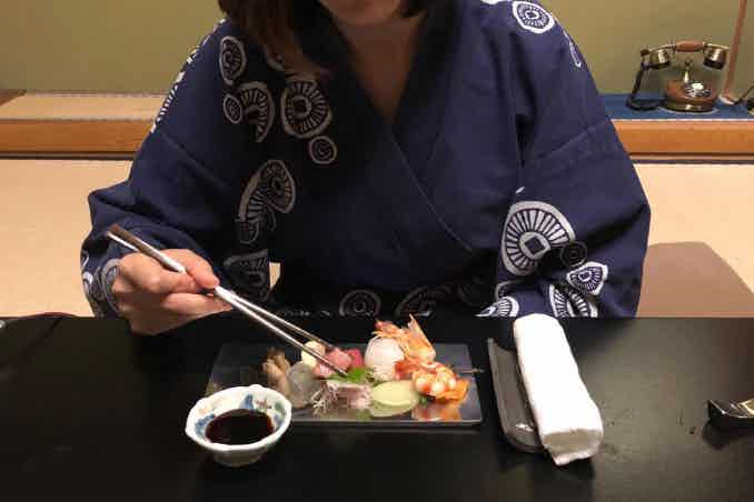 We brought our solid Titanium chopsticks prototype with our last project (Titanium sushi plate) to a Michelin 3 star restaurant in Kyoto and they loved it!