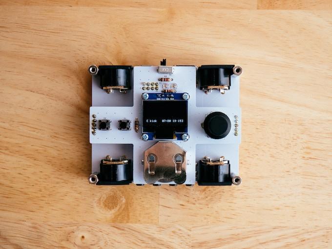 midiglue開発ボードのイメージ