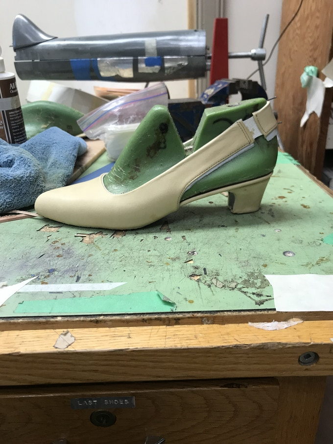 NYFW slingback in ivory. Handcrafted in Saskatoon by Last Shoes.
