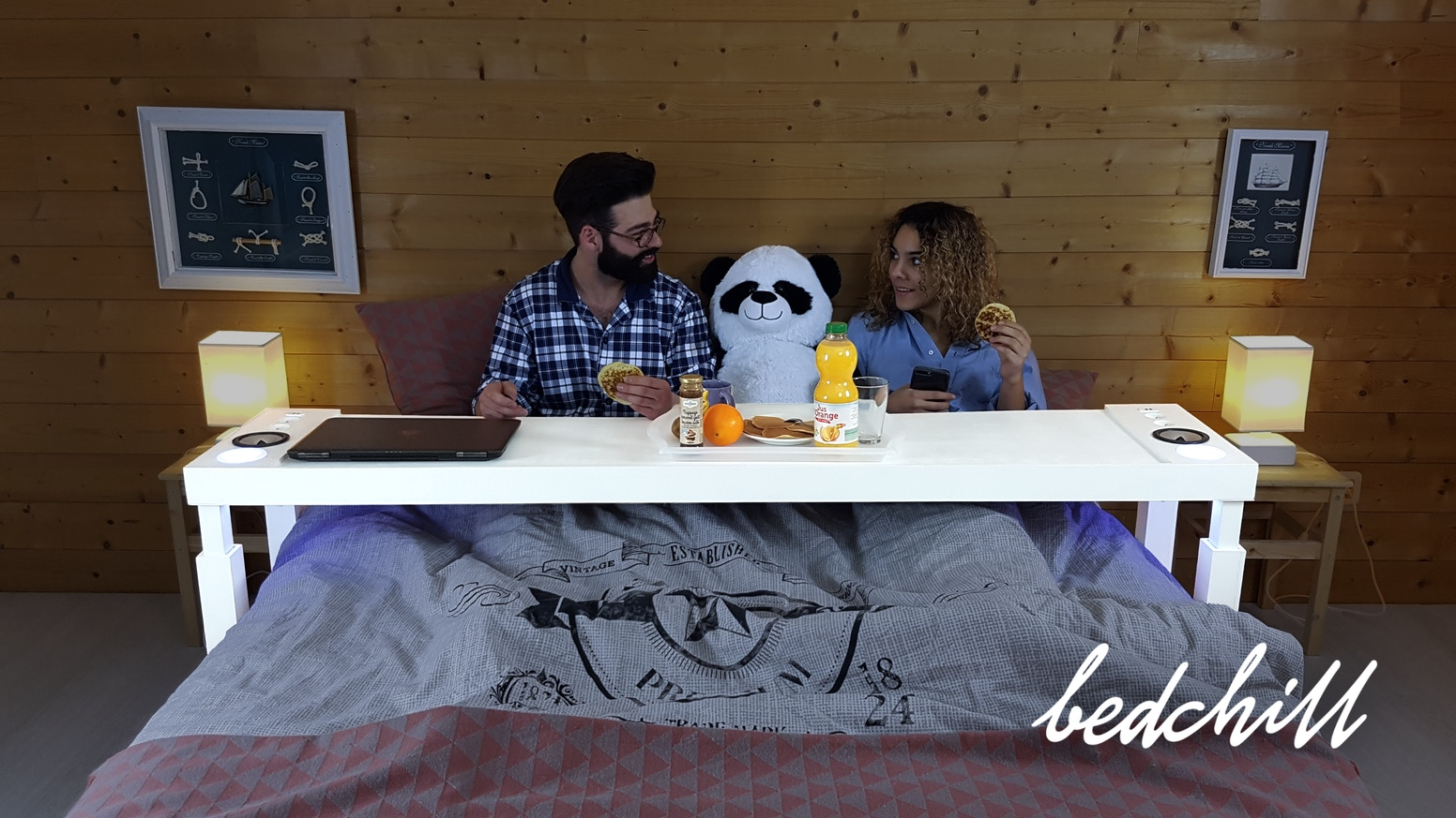 Eat, use your laptop, binge-watch, work, play, read, listen to music... Bedchill turns your bed into a second living room and office