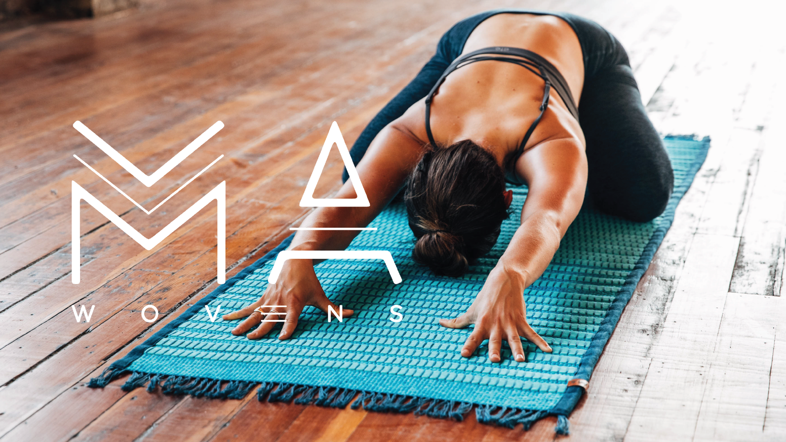 This versatile, beautiful handwoven yoga mat is made with the environmentally conscious materials organic hemp, and non-toxic rubber.