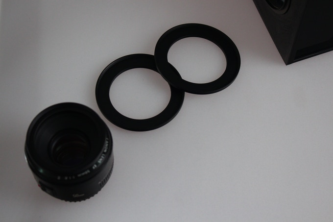 All camera lens with a lens ring diameter marked can use in this teleprompter