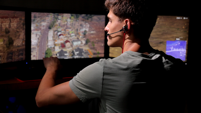 Quake:Lightest Virtual 7 1 Gaming Earbuds with Vibration by
