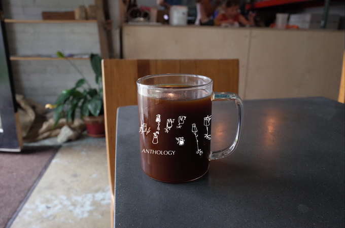 rough rendering of 9oz glass mug