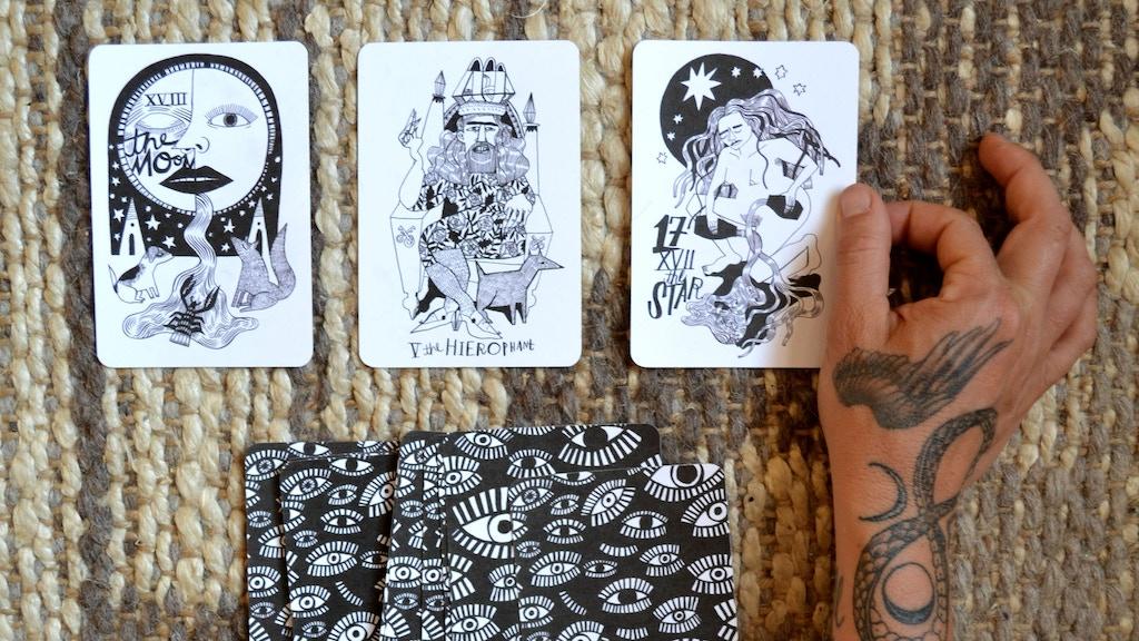 Many Queens Tarot Deck project video thumbnail