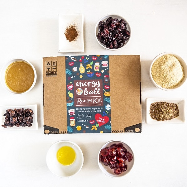 Healthy. Vegan. Eco-packaging (NO PLASTIC) #MixRollLove A monthly kit, posted to your door with all the ingredients to make 30 energy balls. New recipe every month.