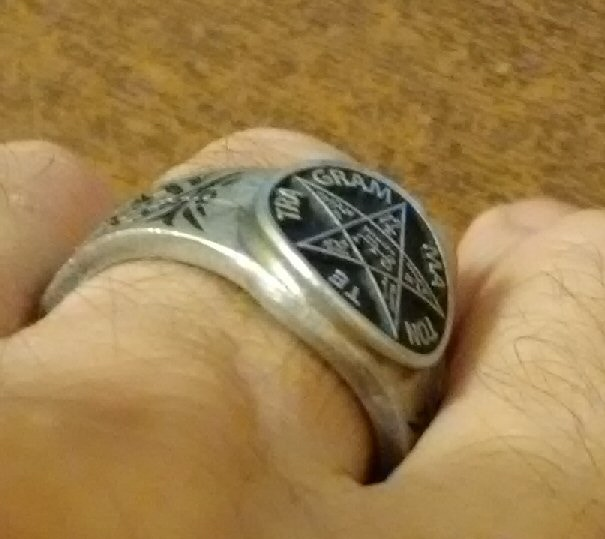 Solomons Pentacle ring side view