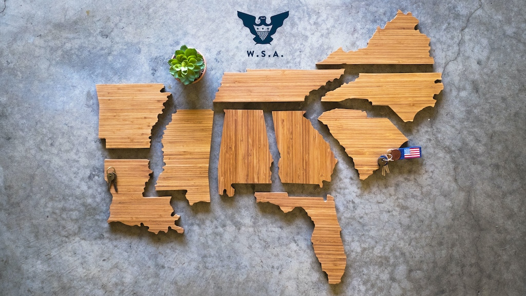The Wooden States of America : Quickstarter