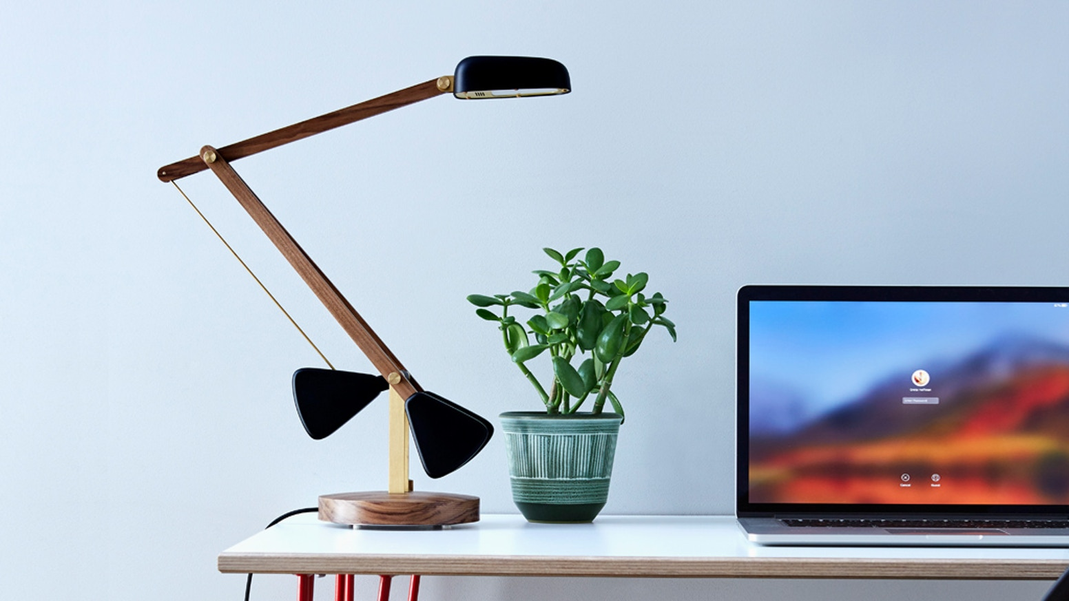 The easy-to-adjust, high performance light with sleek lines and no unsightly cords. Perfect for the home or office.