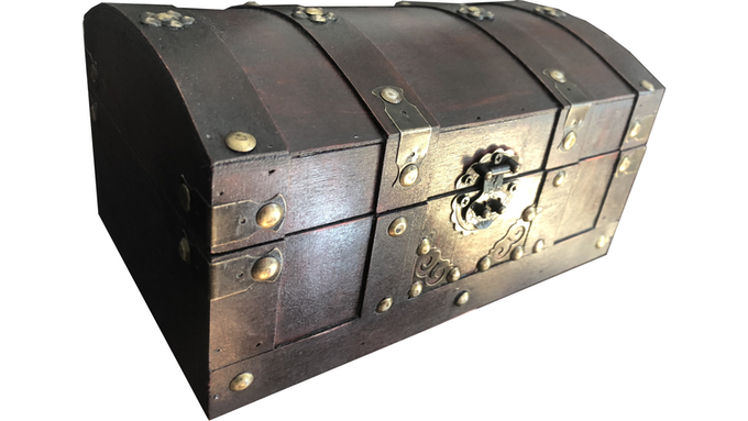 The Arcanian wooden chest