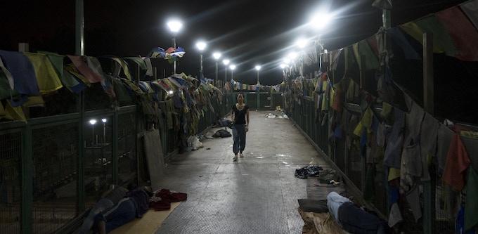 Dolkar on the bridge to the Tibetan refugee settlement in Delhi