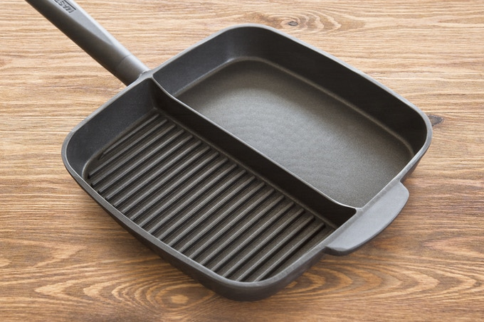 Large Grill + Large Griddle - Perfect for Breakfast, lunch, dinner and Picky food eaters