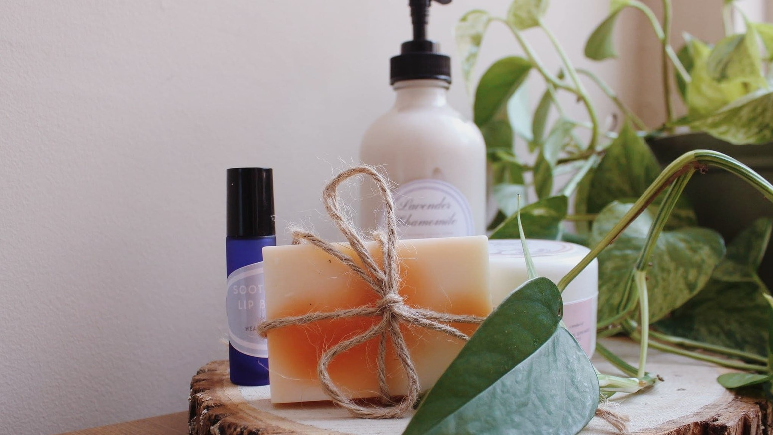 Natural, handmade skin and personal care products to support pregnant women in crisis on their journey to stability.
