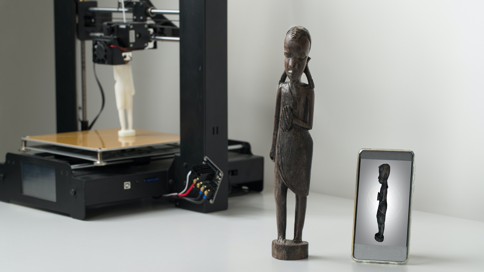 First new 3D scanning technology in over 10 years. Easy to use. Accurate to 0.1mm. Precise 3D models of any material.