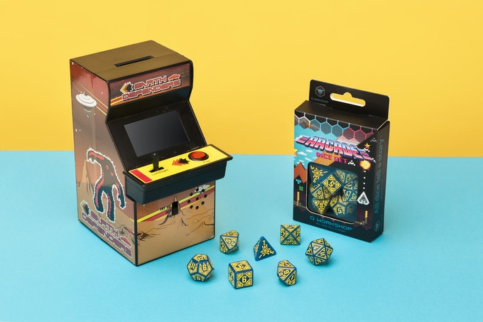 The Arcade dice feel the game! This is a real pic, not a render :)