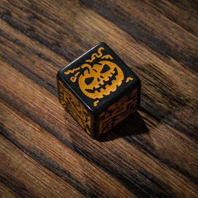Halloween dice - detail