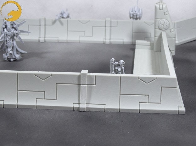 Picture 15: The height is precisely to let the 28mm wargame exclusive miniatures look and fire over the walls