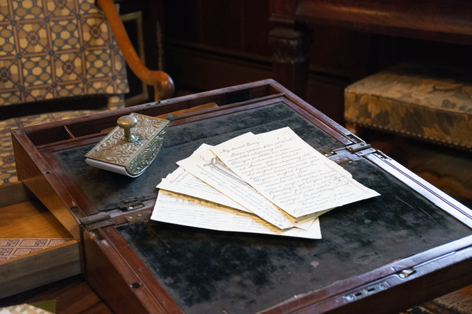 The book will be interlaced with sketches from Elizabeth Bennet's sketchbook, and letters which appear in the novel. This way, the reader can experience the novel as its characters do.