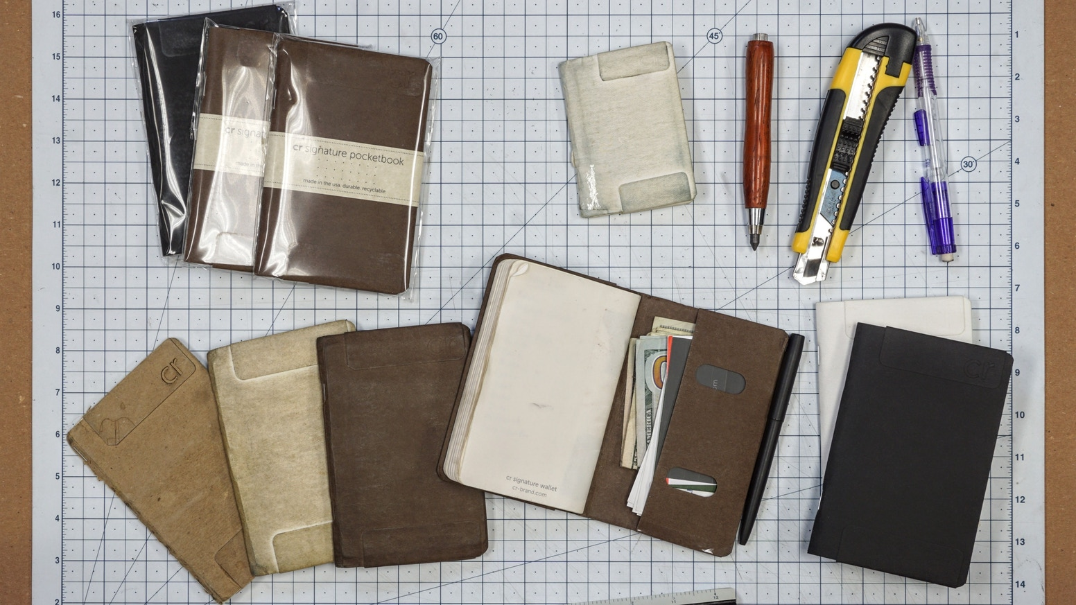 So simple it might just work: it's a notebook that works like a wallet.