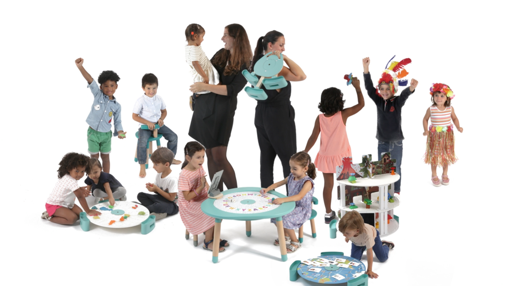 Mutable 3.0: The Ultimate Children Table for Digital Natives