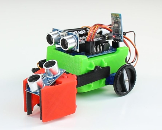Littlebot Budget Plus Kit. Includes Gripper and Bluetooth