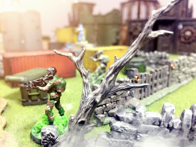 Type 7 SF Army green. Anti terror with corner gun