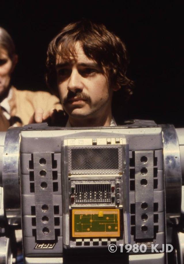 David Learner as Marvin - photo courtesy of KJD1980