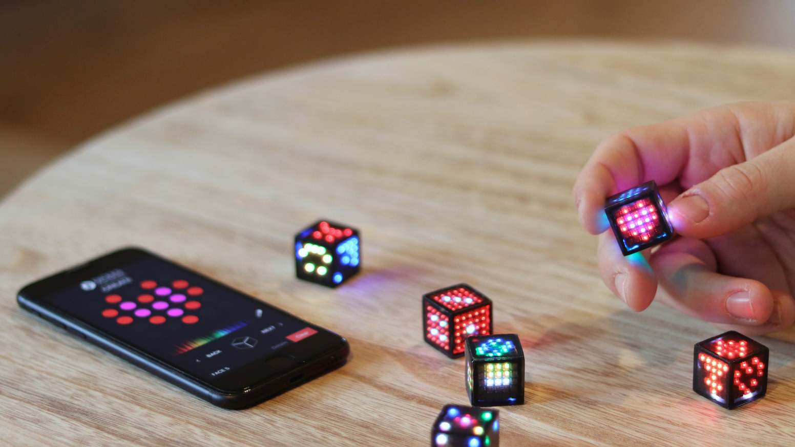 DICEES™ are smart connected dice. DICEES™ have 6 faces, each face is a screen and the 6 screens are composed of 148 RGB LEDs