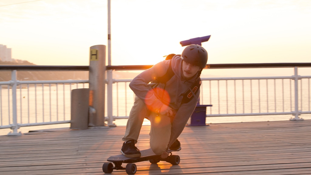 The Flex-E 2.0 and Urban Range Electric Skateboards の動画サムネイル