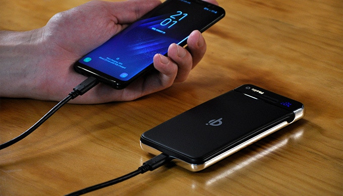 PHOTIC: Hyper-fast Versatile Wireless Power Bank