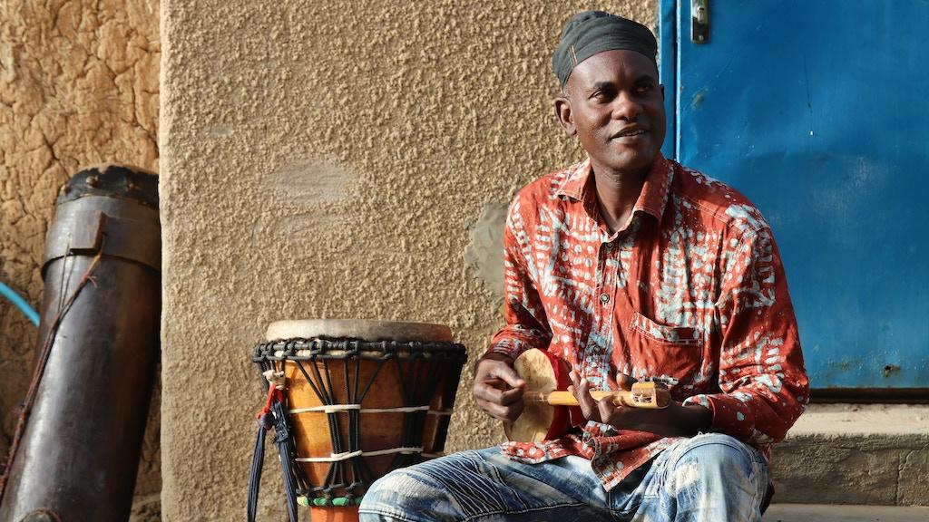 Pulo NDJ's debut album: 'Desert to Douala' (Wonderwheel Rec) project video thumbnail