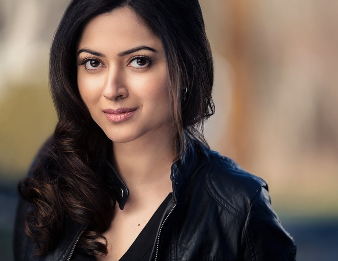 Tessa Clark, played by Namita Dodwadkar